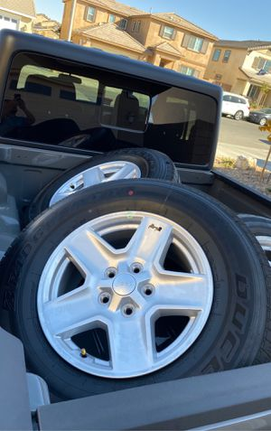 New 2020 Jeep Gladiator 17 inch Wheels and Tires for Sale in Victorville, CA