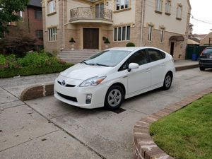 2010 Toyota Prius Hybrid Hatchback Clean Reliable for Sale in Brooklyn, NY
