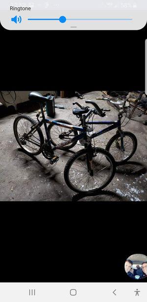 Huffy 18 speed mountain bike boys next bike for Sale in Broken Bow, NE