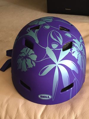 Helmet good condition for kids for Sale in West Palm Beach, FL