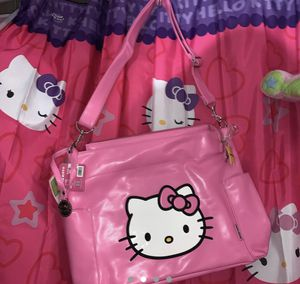 Brand new hello kitty diaper/ tote bag for Sale in Lancaster, CA