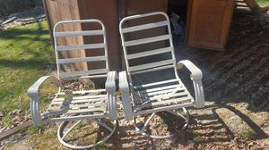 Swivel Patio/Lawn Chairs (2) for Sale in North Springfield, VA