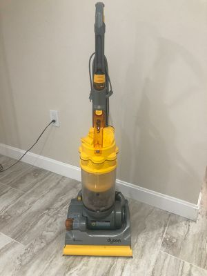 Dyson Vacuum Cleaner dc07 HEPA for Sale in Natick, MA