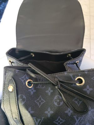 lv Backpack AUTHENTIC for Sale in American Canyon, CA