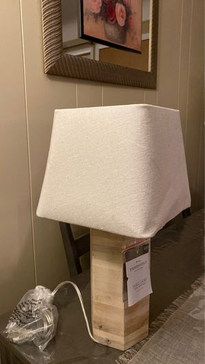 Small bedside lamp with wood finish for Sale in Dearborn Heights, MI