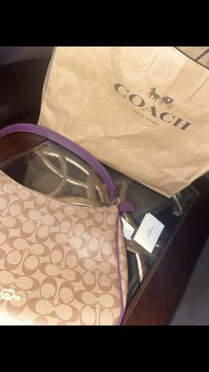 Coach Purse for Sale in Long Beach, CA