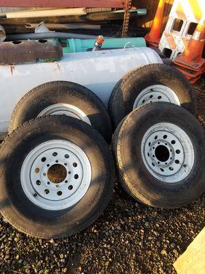 8 lug 8x165 tiltdeck trailer tires load range E for Sale in Portland, OR