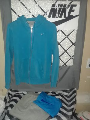 Nike hoody, Vest, dri-fit t-shirt see pic for sizes for Sale in Tacoma, WA