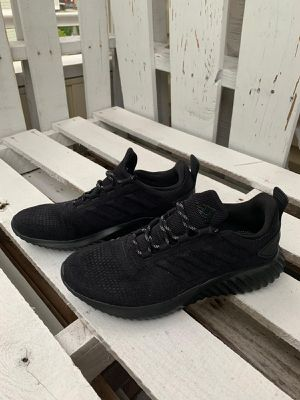 ADIDAS WOMEN ALPHABOUNCE CR WITH CORE for Sale in Lauderdale Lakes, FL