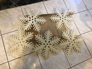 Snowflake Decorations 5 Piece Set or Individuals Price is For Set But Will Tell You Individual Price If You Ask for Sale in Philadelphia, PA