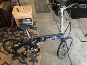 Via Urbano IZIP Electric European Bike *Folds in Half* for Sale in North Las Vegas, NV