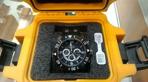 In brand new condition, Invicta men's watch in heavy duty carrying case. for Sale in Tucson, AZ