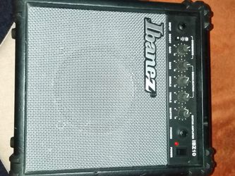 Amp in excellent condition Beautiful color and style. Working 100%. for Sale in Queens,  NY