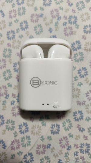 Biconic wireless earbuds for Sale in Lombard, IL