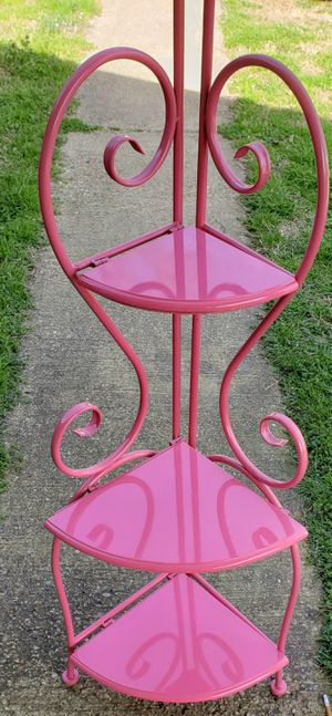 Beautiful pink corner shelf for Sale in Kilgore, TX