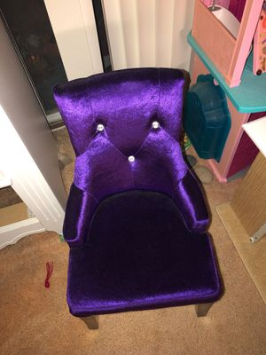 Little purple kids sofa chair plus free bag of goodies for Sale in La Costa, CA