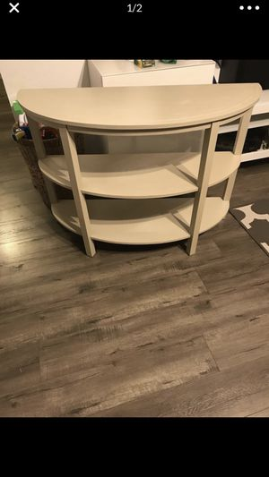 Entry/console table for Sale in Fresno, CA