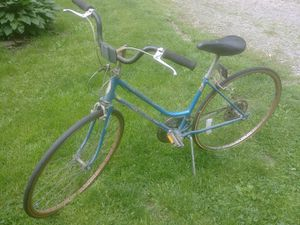 Old Schwinn lady's bike. for Sale in Gibsonia, PA