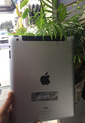 iPad 4th 16GB WiFi !! for Sale in Tampa, FL