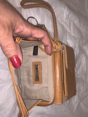Small yellow purse in good condition never used. for Sale in Queens, NY