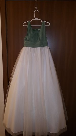 Flower girl dress for Sale in Tacoma, WA