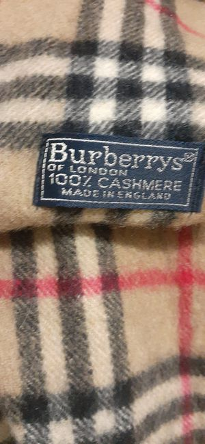 Burberry's giant check cashmere scarf brand new for Sale in Miami, FL