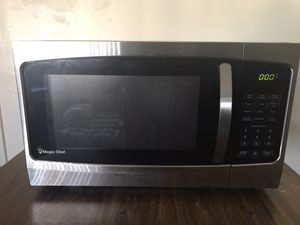 Magic chef microwave 1000 watt for Sale in Anaheim, CA