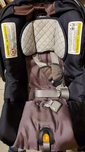 Chicco Keyfit 30 car seat for Sale in Auburndale, MA