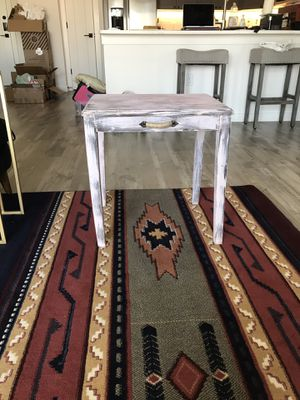 Antique Side Table for Sale in Austin, TX