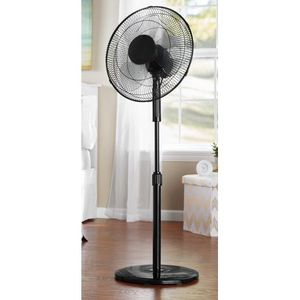 "Mainstays 16"" 3-Speed Oscillating Pedestal Fan, Black, FS40-8MB for Sale in Houston, TX"