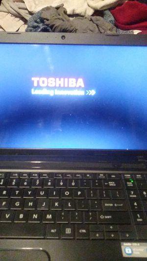 Toshiba satelite C55-5281 in perfect condition $120 for Sale in Hemet, CA