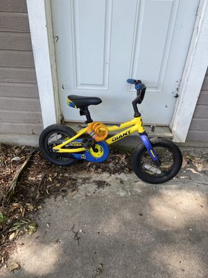 Boys Giant Animator Bike for Sale in Fort Worth, TX