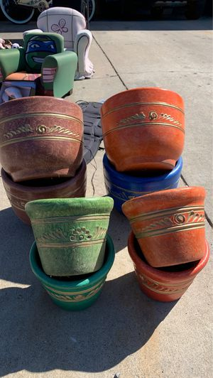 Flower pots for Sale in Chula Vista, CA