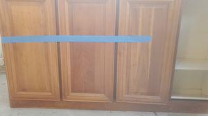 Used kitchen cabinet for Sale in Lodi, CA