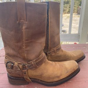 Size 10 Semi Used Cowboy Boots for Sale in Watsonville, CA