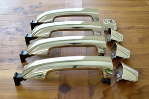 Tundra 4 x Door Handle ( Chrome) for Sale in San Diego, CA