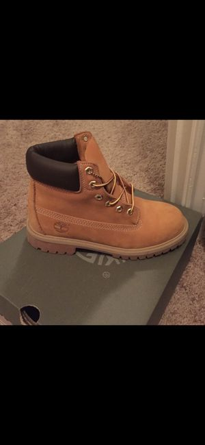 Timberland boots (timbs) size 6 men/ 8 women for Sale in Brook Park, OH