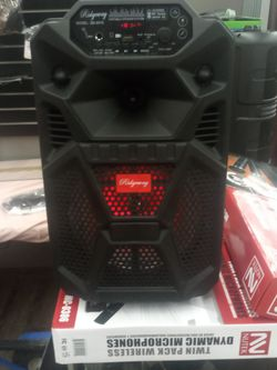 Brand New 8 In Speaker Has Bluetooth Fm Am Great Sound Base Only For 50 Bucks Brand New Speaker In The Box for Sale in Phoenix,  AZ