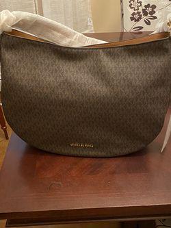 Michael Kors Bag for Sale in Jersey City,  NJ