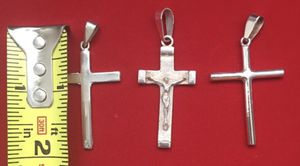 950 SILVER CROSSES for Sale in Baltimore, MD