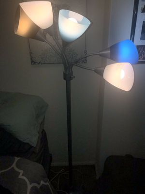 Floor lamp for Sale in Lutherville-Timonium, MD