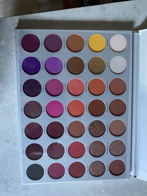 JACLYN HILL PALETTE VOLUME ll for Sale in San Jose, CA