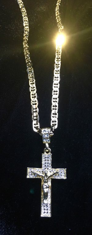 EXCLUSIVE CROSS 18K GOLD FULL DIAMONDS CZ NEW MARINER CHAIN MADE IN ITALY! for Sale in Miami, FL