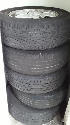 Tires for 2000 Honda crv for Sale in Tampa, FL
