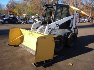 Bobcat 853 for Sale in Taunton, MA
