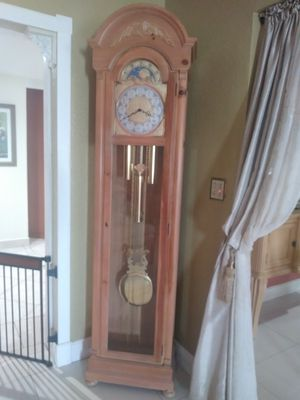GRANDFATHER CLOCK for Sale in Hollywood, FL