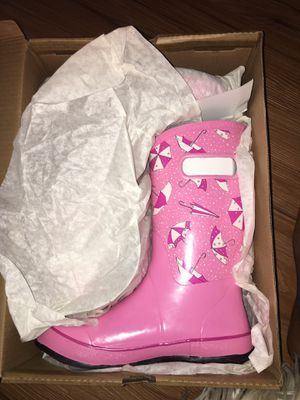 Bogs kids rain boots size 6 for Sale in Portland, OR