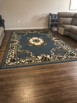nice huge 8'x 10' area rug for Sale in Riverview, FL