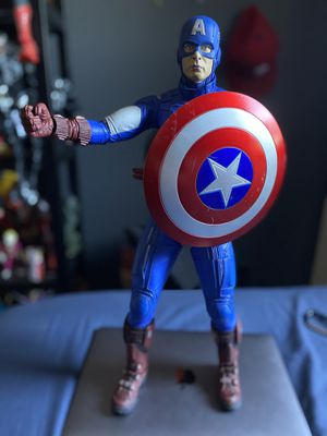The Avengers Captain America 1/4 Scale Neca OOB for Sale in Los Angeles, CA