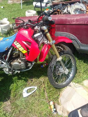 housing 125 on or off road dirt bike for Sale in Aberdeen, MS